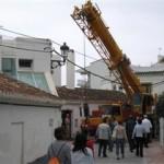 Giant Grua Calle Carabeo Nerja