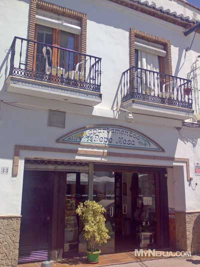 Apartamentos pepe mesa nerja mynerja nerja hotels for Pepe mesa nerja