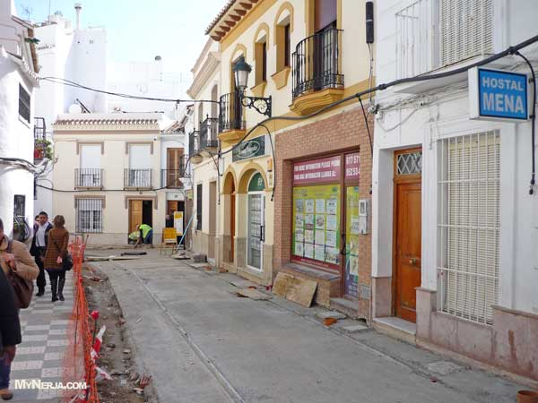 El Barrio Roadwokrs Nerja