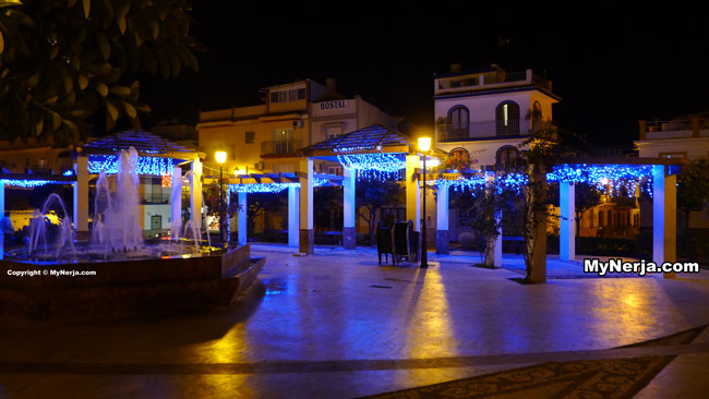 Plaza Cantarero Christmas Lights
