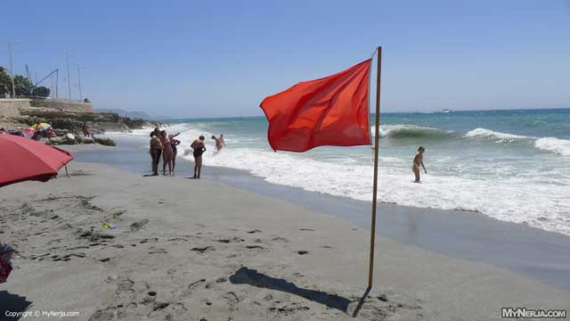 Red Flag At Torrecilla Beach Due To The Waves - Sunday 5th August 2012