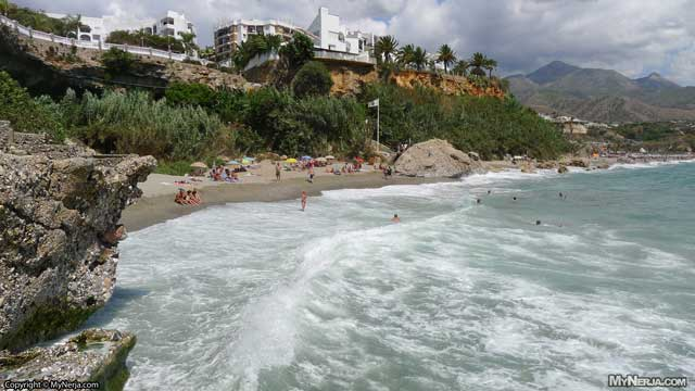 Playa Carabeillo Nerja