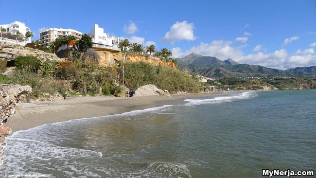 Carabeillo Beach January