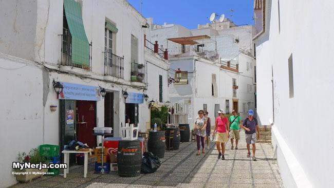 Calle Iglesia Nerja