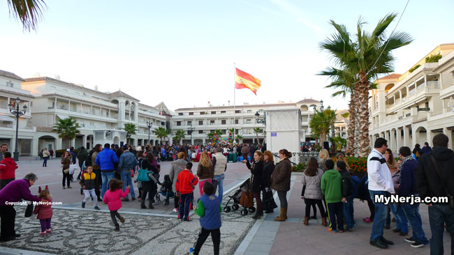 Royal Postmen Plaza Espana - Cartero Real Nerja