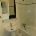 apartment-la-herradura-spanish-holiday-letting-bathroom-333-986207