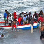 <!--:en-->Boat Load Of Refugees Arrive At La Caletilla Nerja<!--:-->